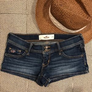 Like New • Hollister • Dark Wash Jean Shorts